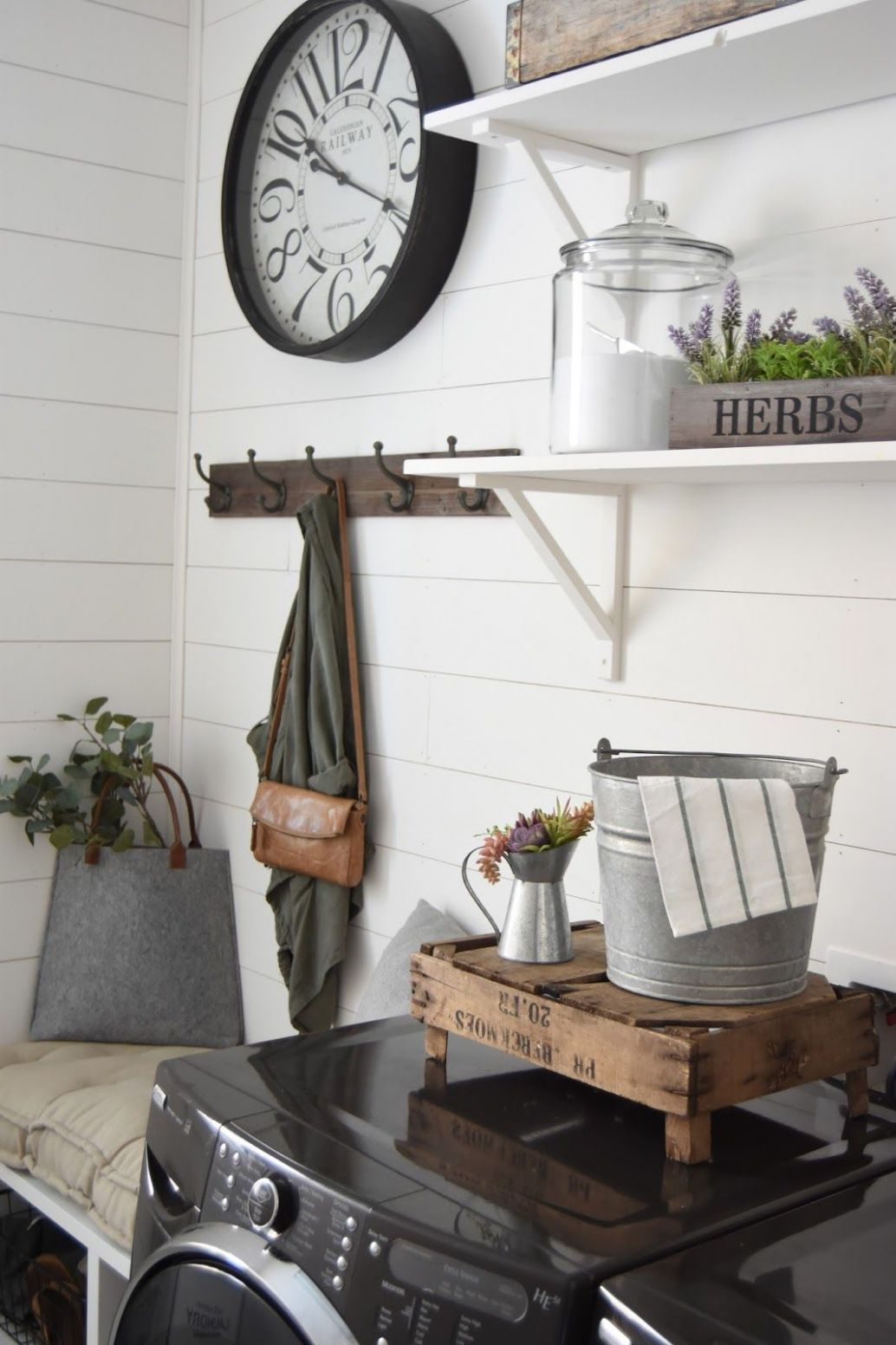 Shiplap Laundry Room (With images) | Rustic laundry rooms ..