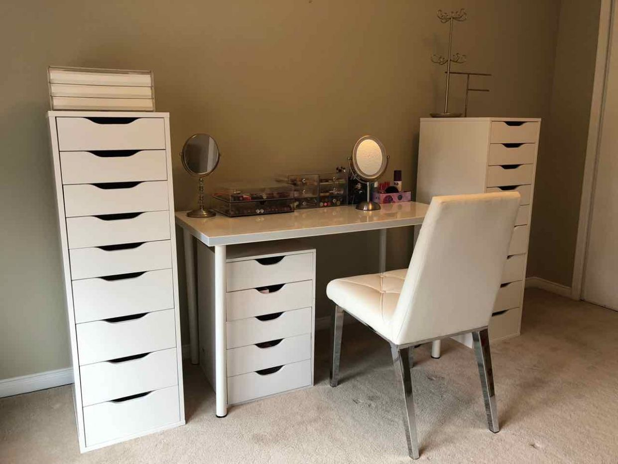 Shopping Obsession: Makeup Room Organization - makeup room organization