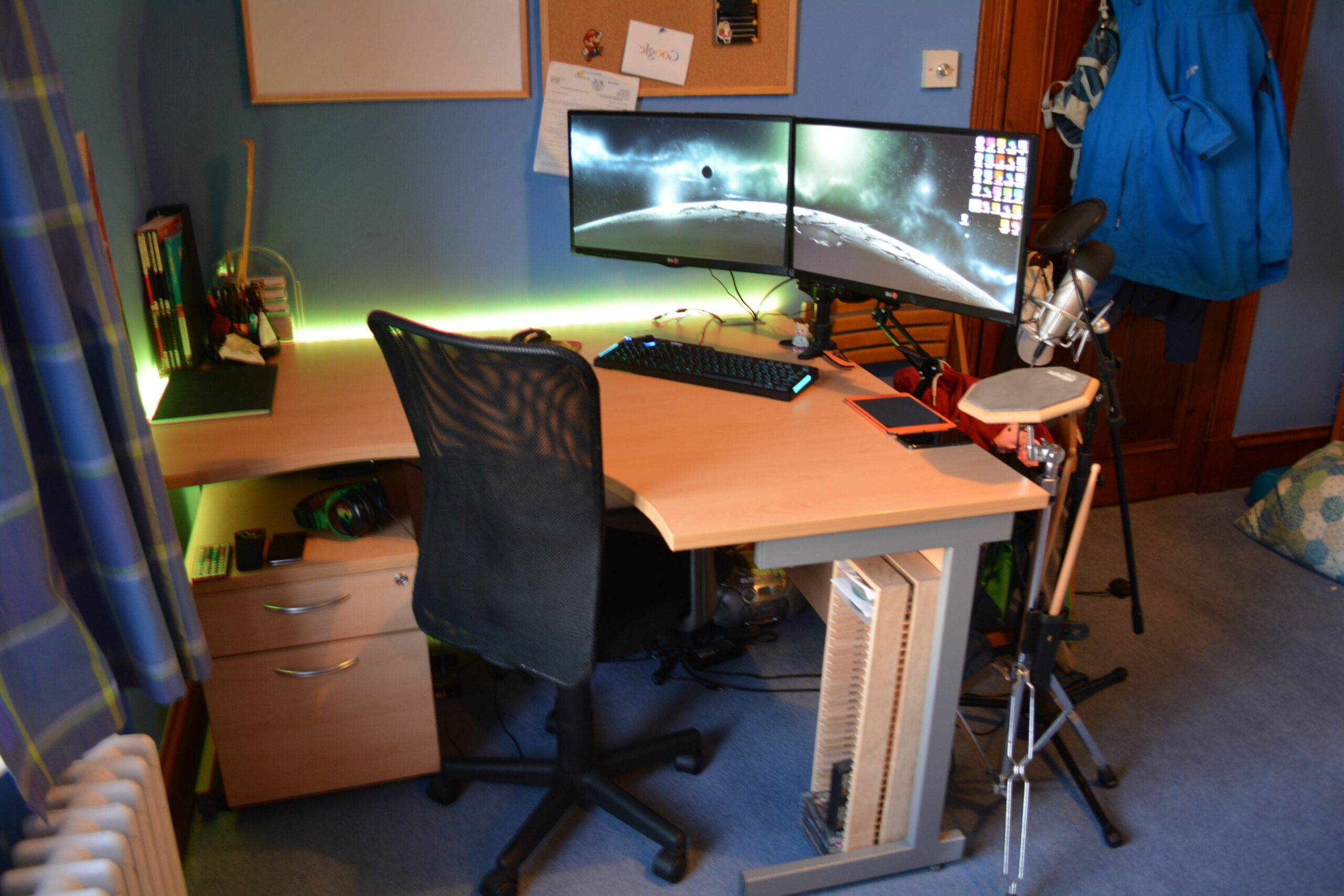 Showing Gallery of Computer Desks For Dual Monitors (View 11 of 11 ..