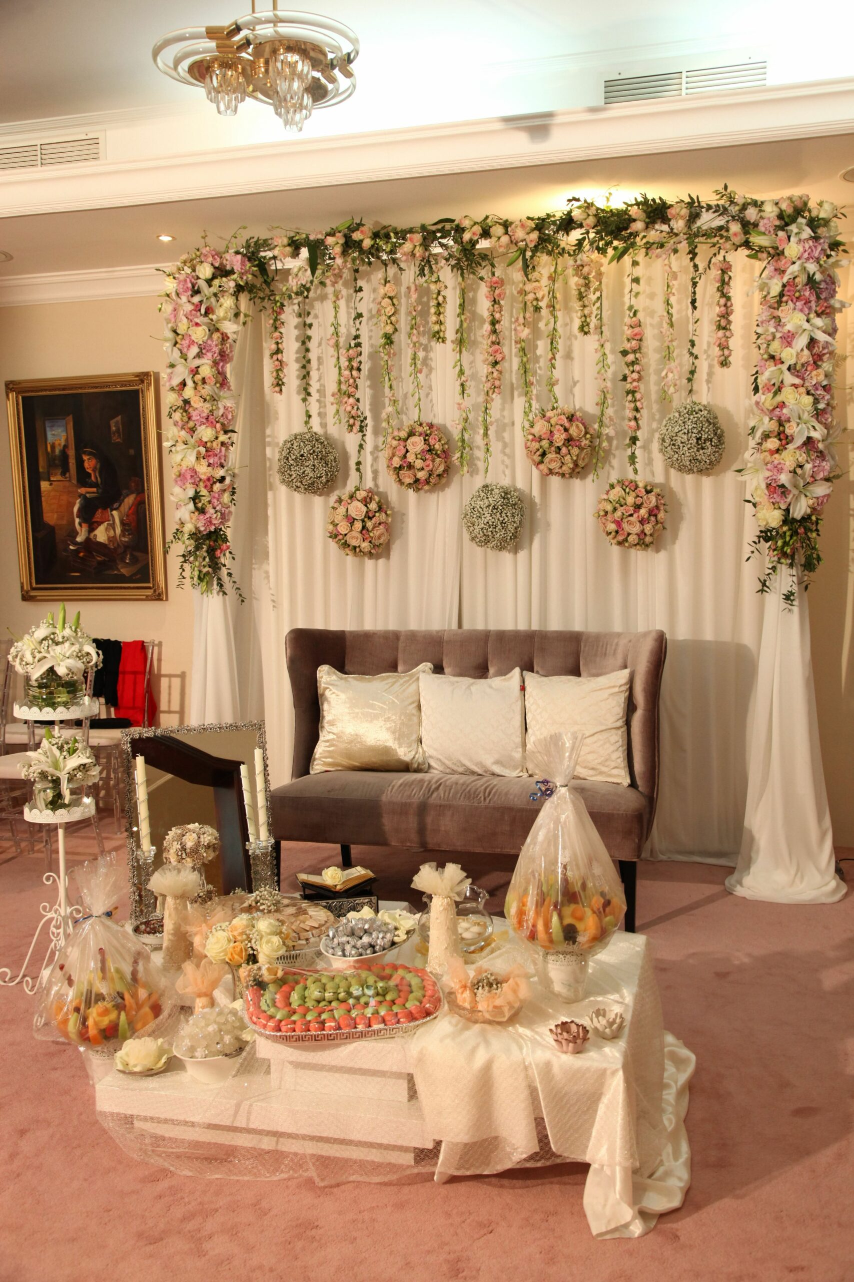 small, cosy engagement in a house backdrop. sofraaghd #engagement ..