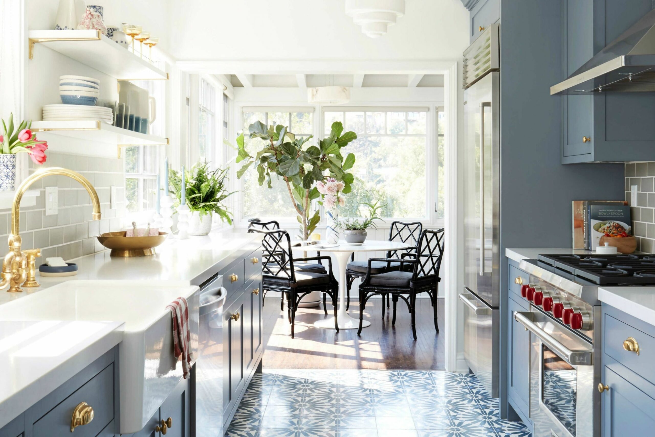 Small Galley Kitchen Ideas & Design Inspiration | Architectural Digest - kitchen ideas new