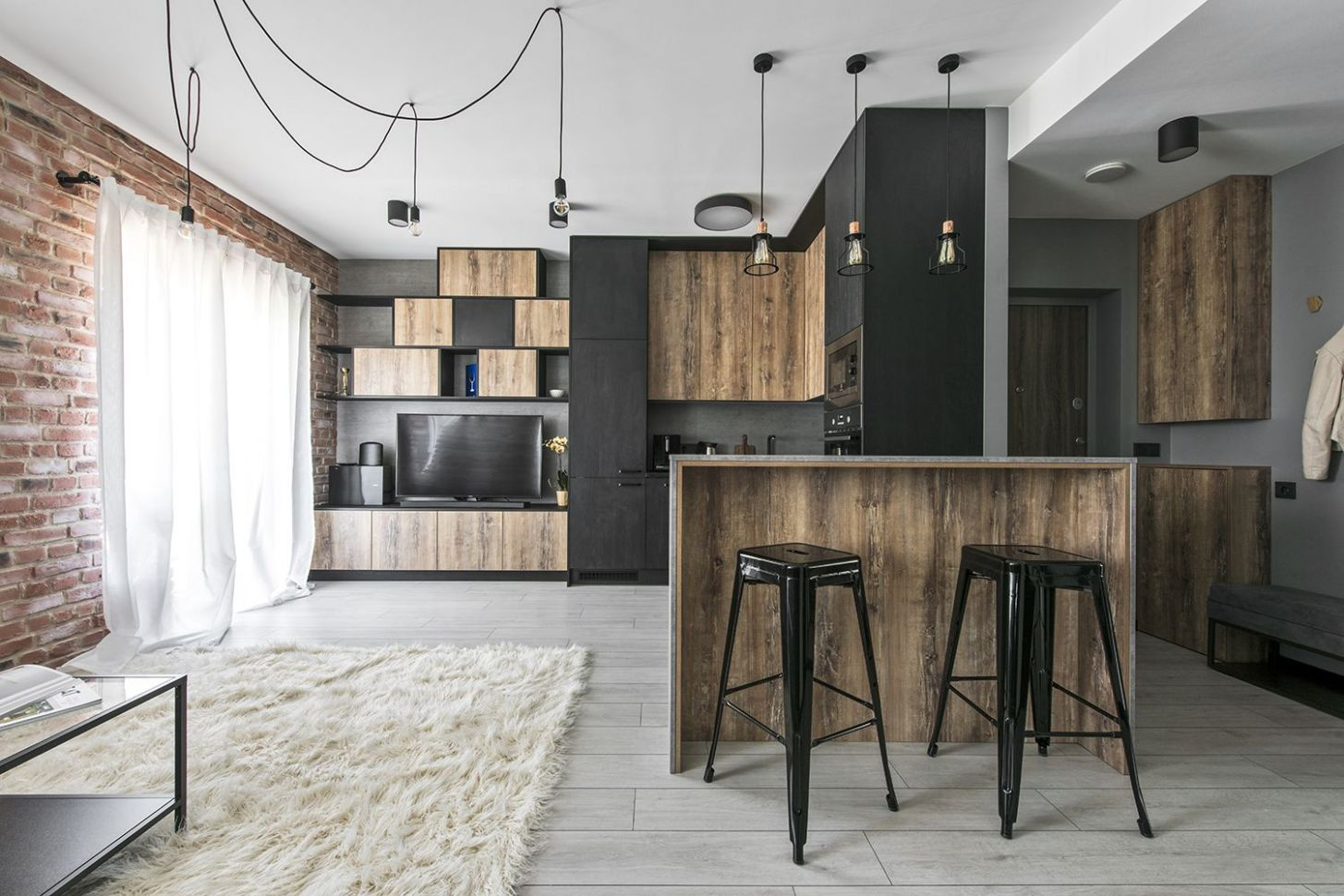 Small industrial apartment in Lithuania gets an inspiring update ...