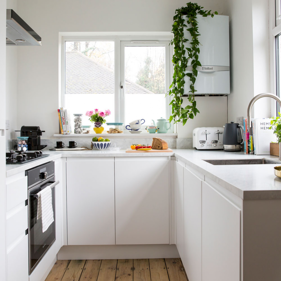 small kitchen decorating ideas uk in 8 (With images) | Tiny ...