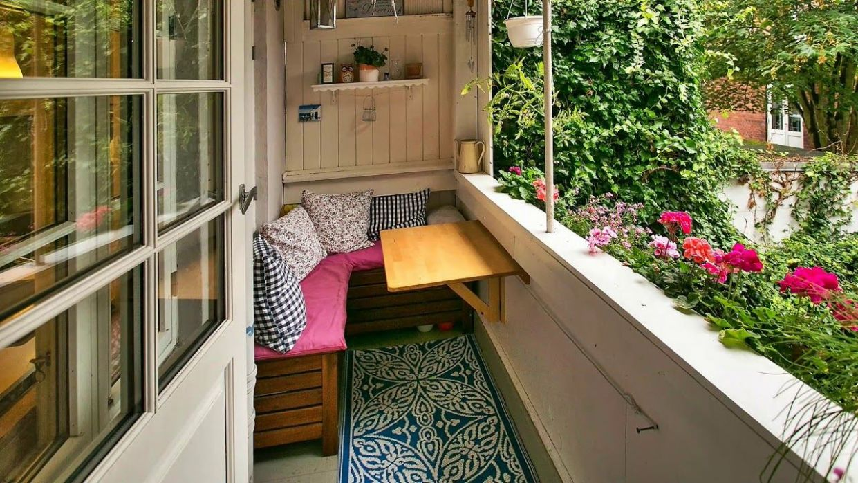 Small, Tiny and Micro Balcony Design Ideas (With images ...