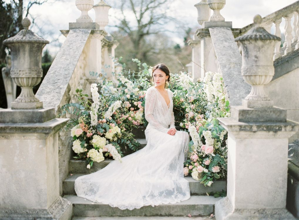 Spring Wedding Inspiration at Chiswick House - London Wedding Venue - house wedding inspiration