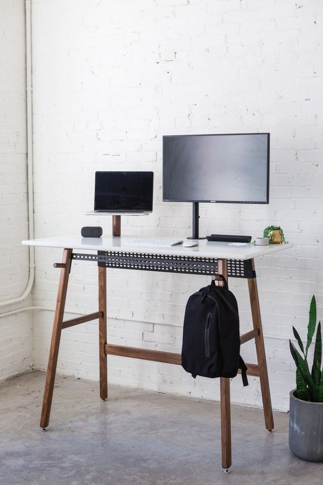 Standing desk 8 (With images) | Standing desk, White standing ..