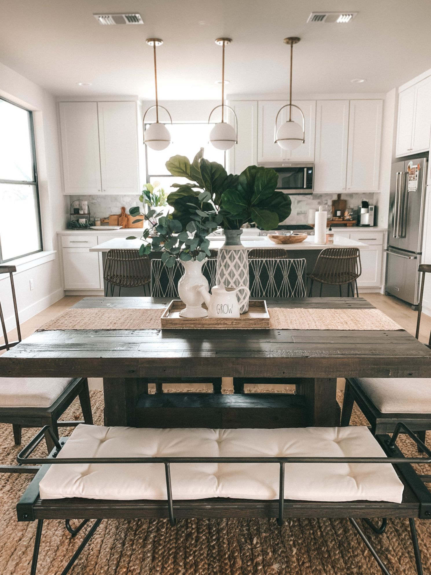 Summer Dining Room Decorating Ideas | lifestyle | Dressed to Kill