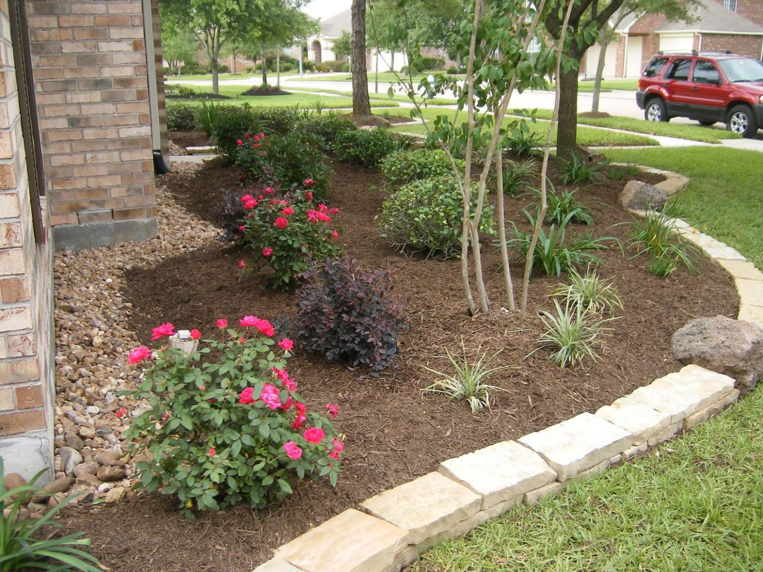 Texas Flower Bed Landscaping Backyard Ideas Houston Loversiq ..