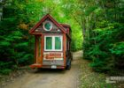 This couple ditched their jobs to travel across the country in a ...