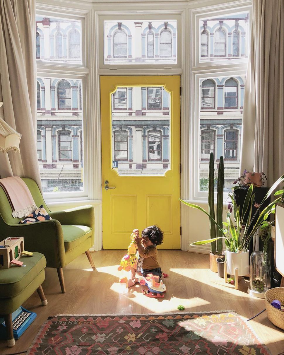 This New Zealand Apartment Welcomes You With a Bright Yellow Door ..