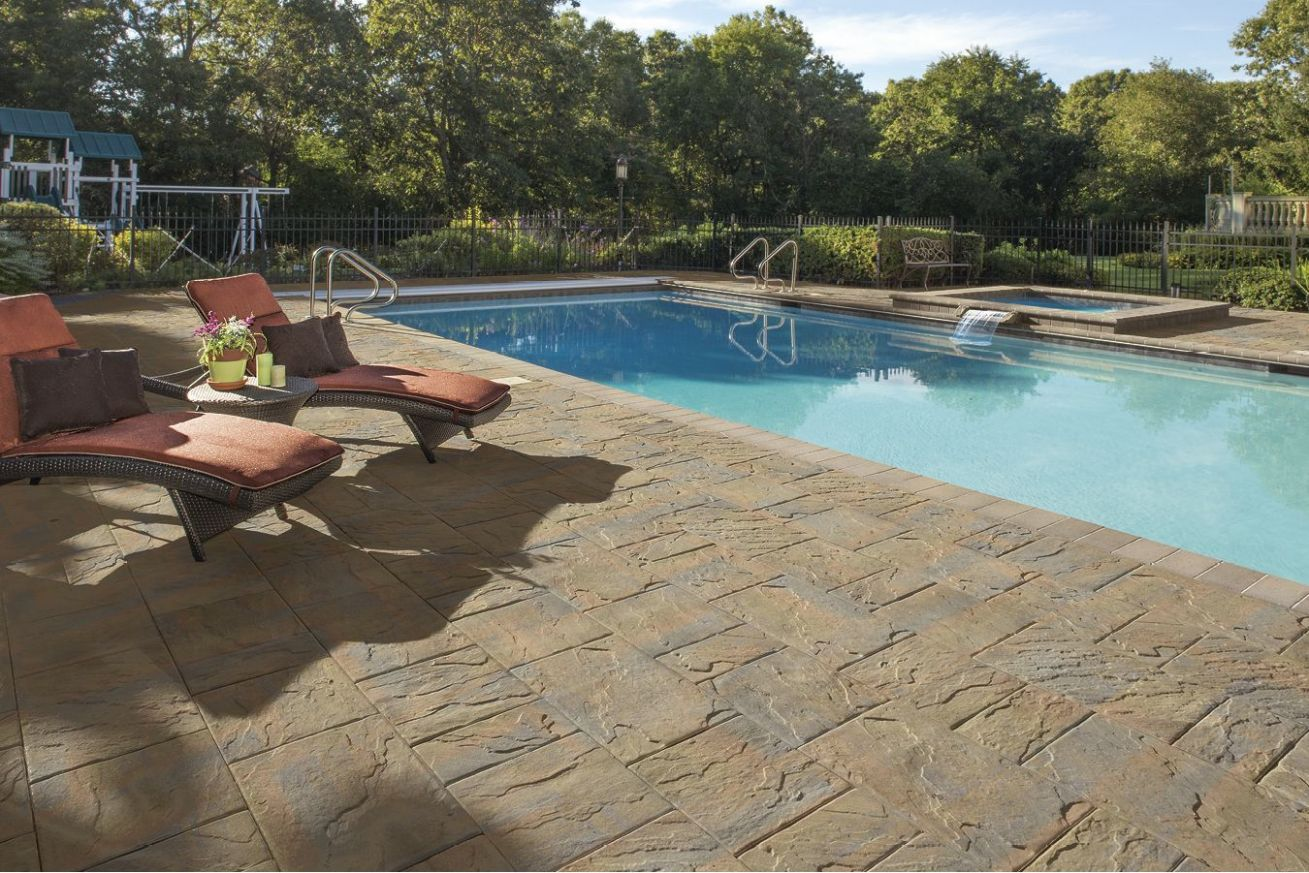 This patio was created using The Sherwood Collection Ledgestone XL ..