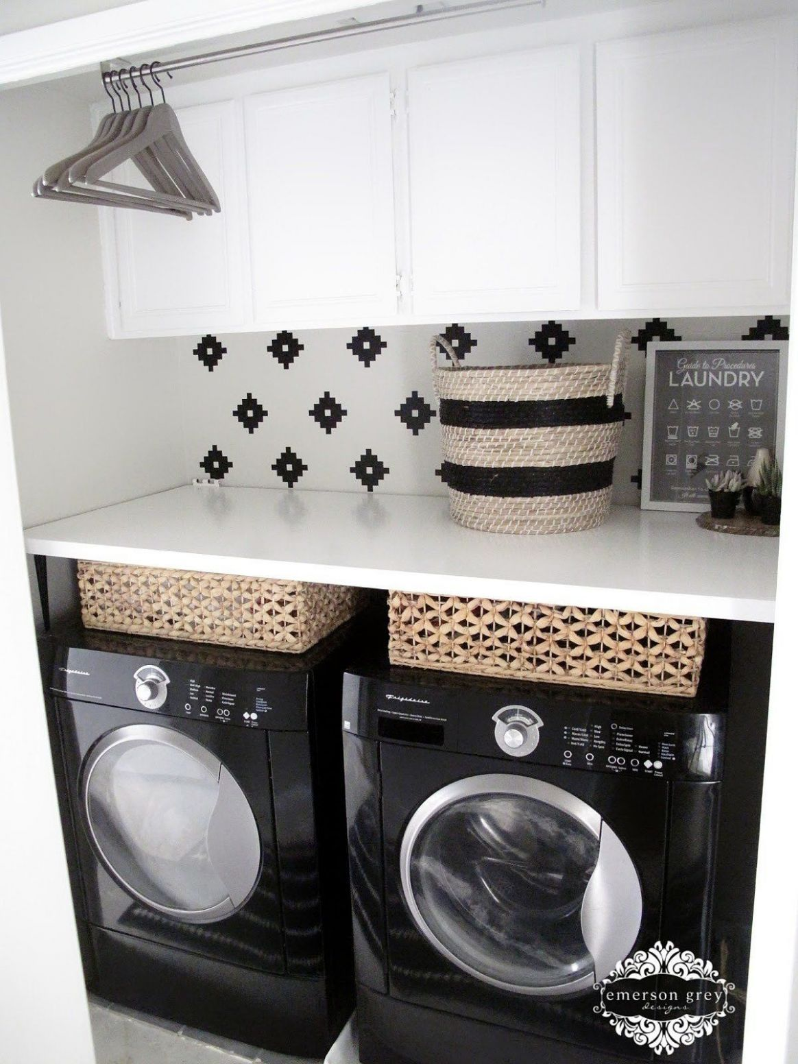 This Small-Space Laundry Room Is Full of Genius Ideas (With images ..
