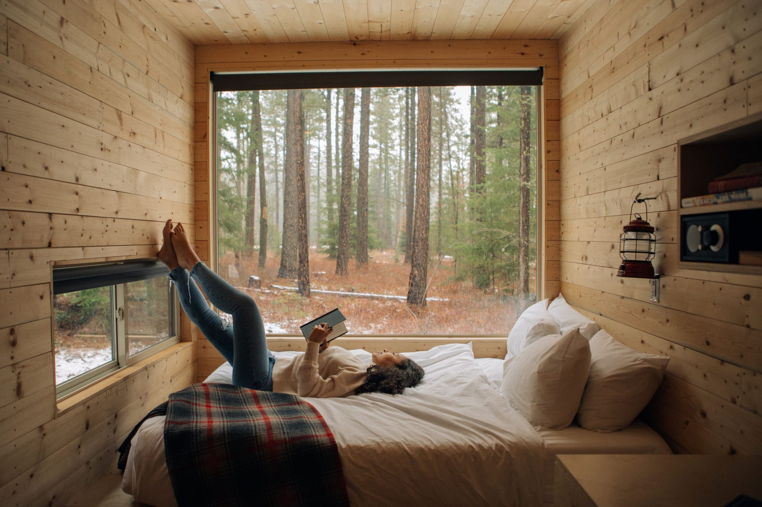 This Tiny House Company Embraces Artists and Sustainable Living ...