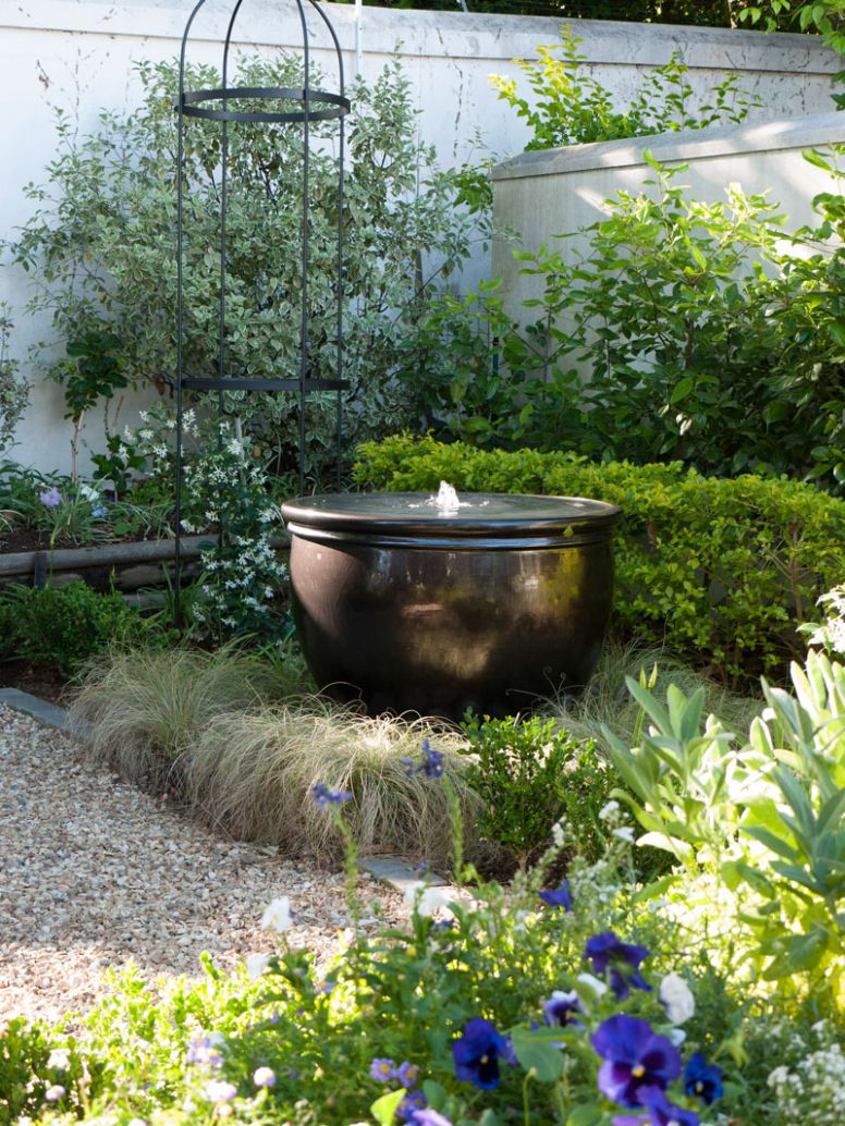 Timeless townhouse garden | SA Garden and Home - garden ideas za