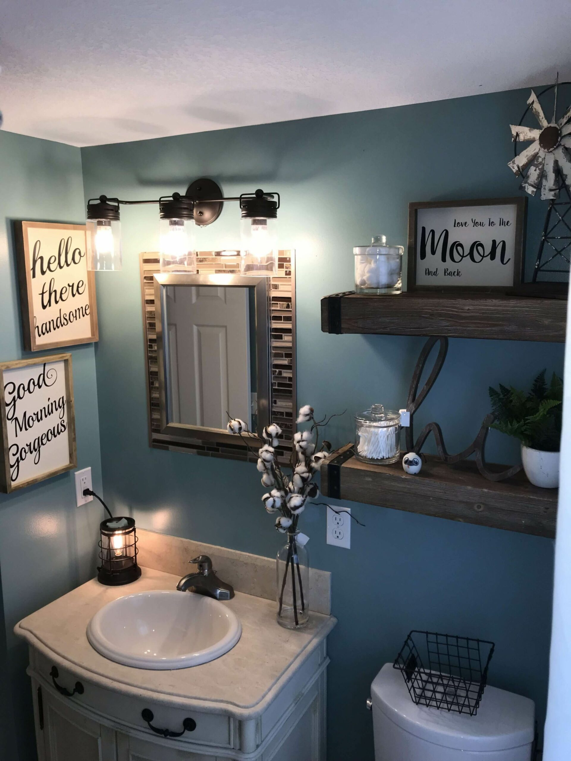Top 11 Best Bathroom Wall Decor Ideas To Check Out | Small ..