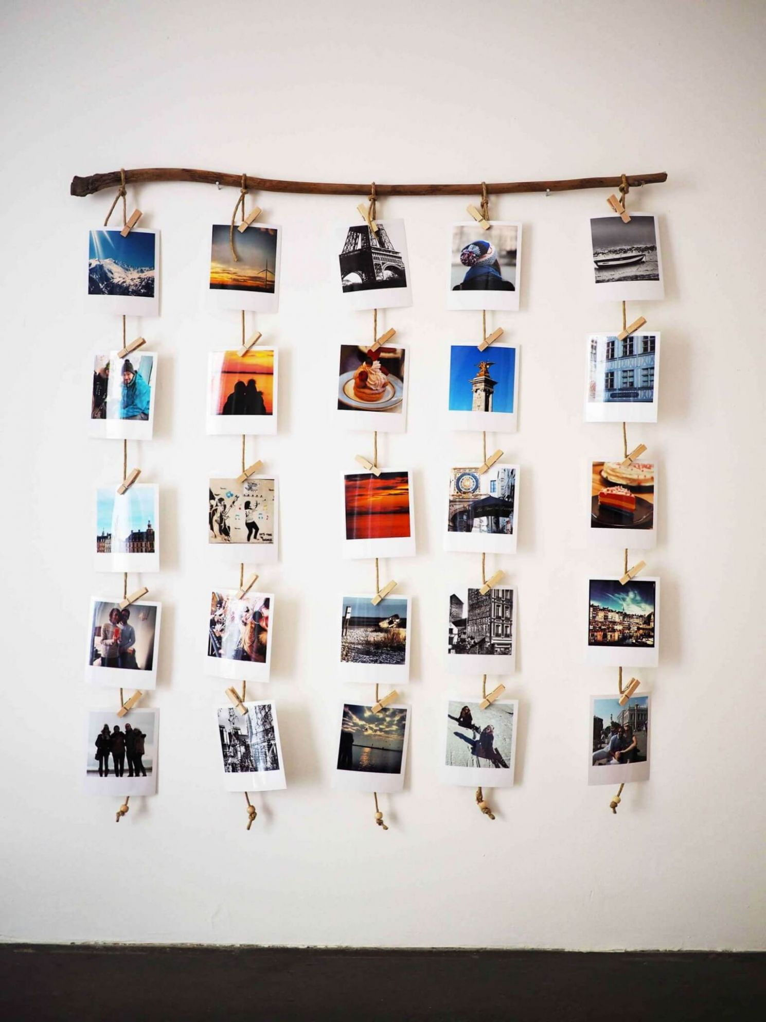 Travel Themed Home Decor: Souvenirs as Wall Art | NONAGON.style