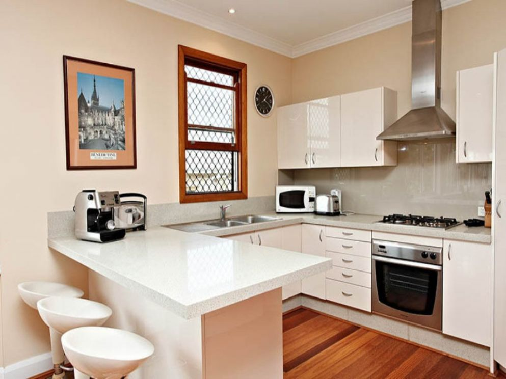 U shaped kitchen designs with breakfast bar: Make your Home a ..