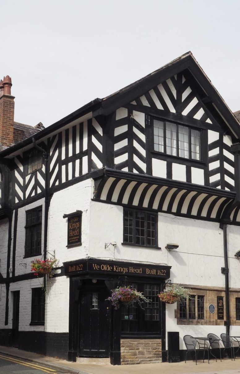 Visiting All The English Counties 10/10 - Exploring Chester ...