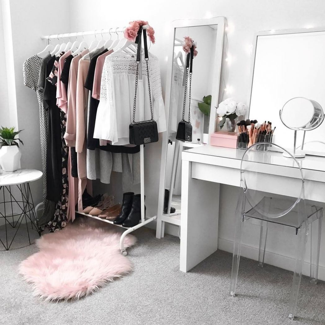 Wardrobe inspiration, beauty room, makeup vanity, IKEA Malm ...