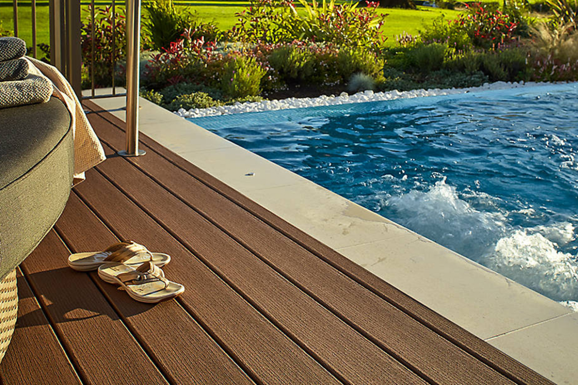 What to Consider When Planning Your Above Ground Pool Deck | Trex - pool ideas off deck