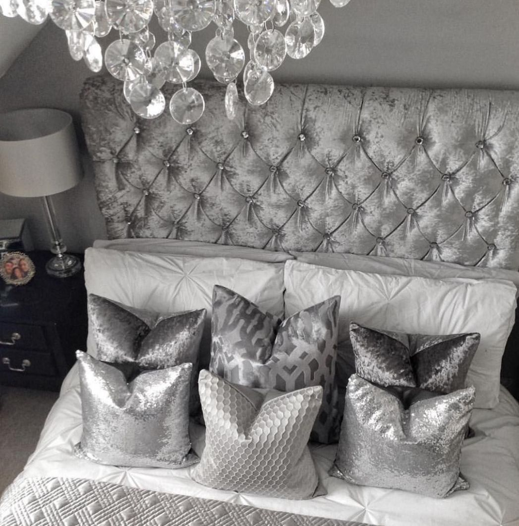 White and Silver Bedroom Decor Ideas (With images) | Silver ..