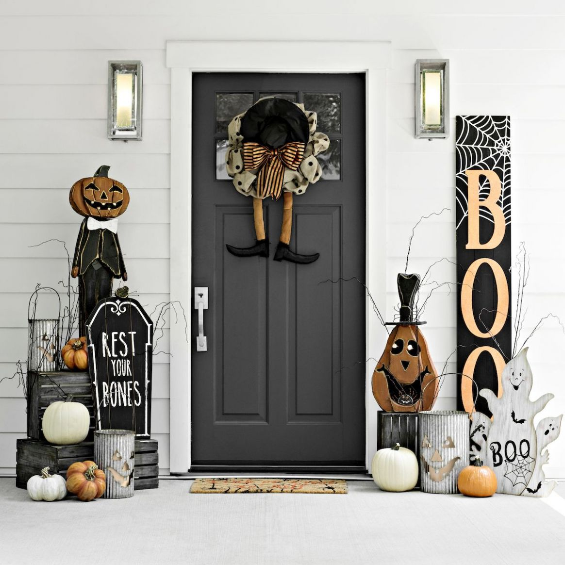 Who knew the creepy crawlies could be this cute? Entryway door for ...