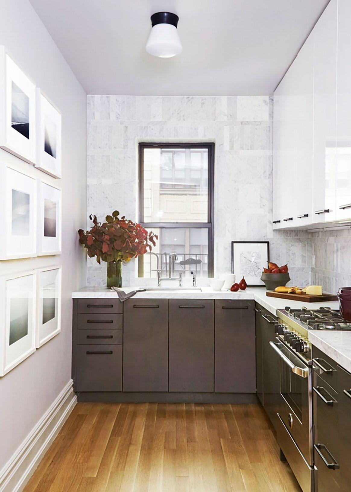 Why Two-Toned Kitchen Cabinets Are the Trend You'll Be Seeing ...