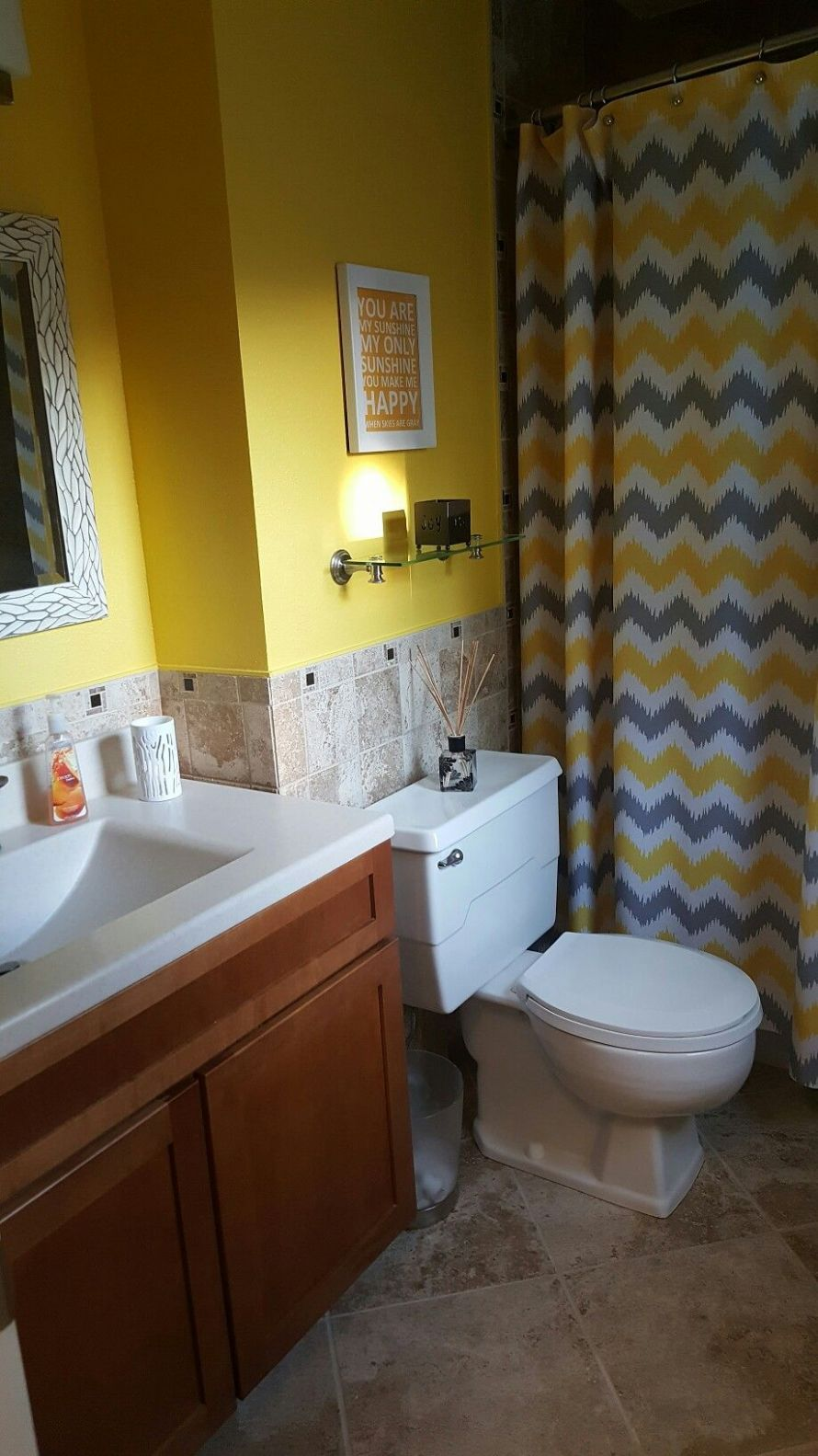 Yellow and gray bathroom (With images) | Yellow bathroom decor ..
