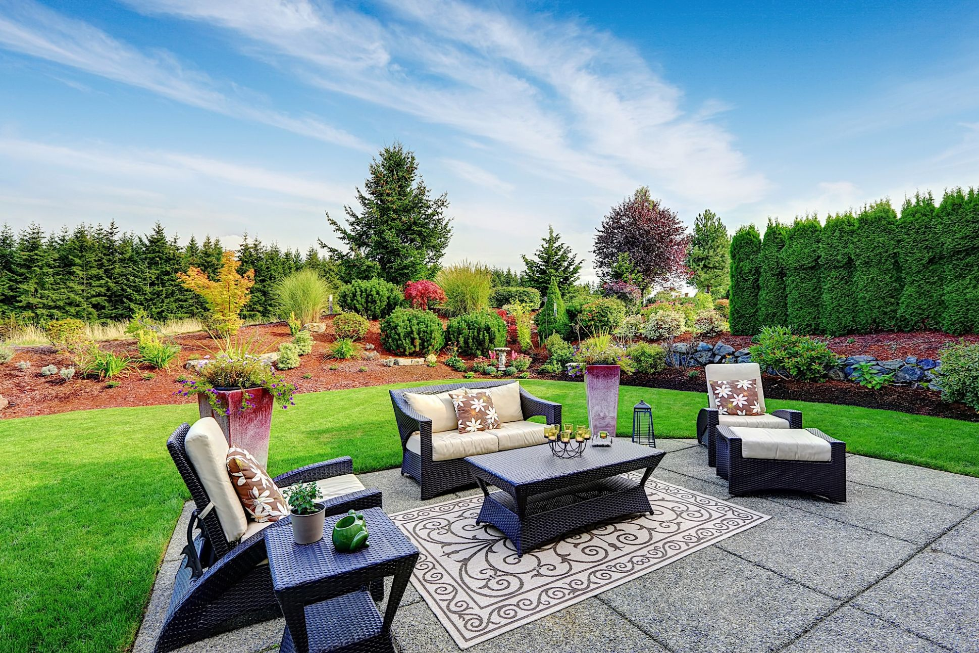 Your Perfect Backyard Makeover | FortuneBuilders - backyard ideas under 5000